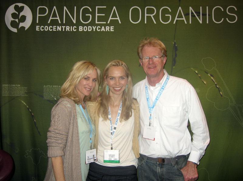 (L-R) Rachelle Carson, Ecorazzi's Summer Bowen, and Ed Begley Jr.