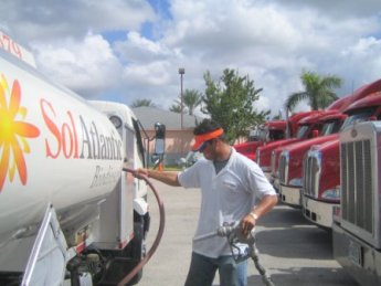 Sol Atlantic Biodiesel fills up Projekt Revolution Semi-Trucks in West Palm Beach