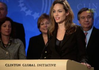angelina-jolie-clinton-global-initiative-01.jpg