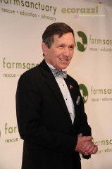 Dennis Kucinich at the 2008 Farm Sanctuary Gala