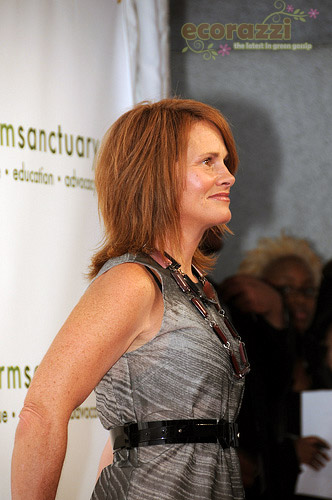 Shawn Colvin at the 2008 Farm Sanctuary Gala