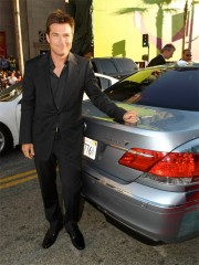 """Jason Bateman with the BMW Hydrogen 7 at the premiere of """"Hancock"""""""