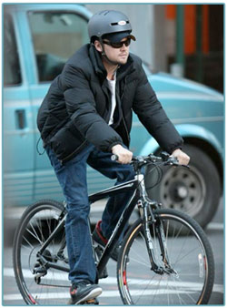 leonardo dicaprio, bike, new york city