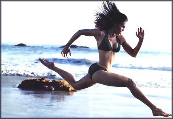 hilary_swank_running