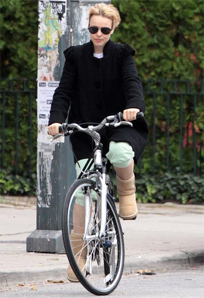 rachel mcadams, bicycle, bike ride, toronto, eco, green