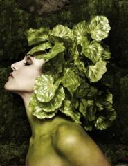 Neha_Dhupia_green