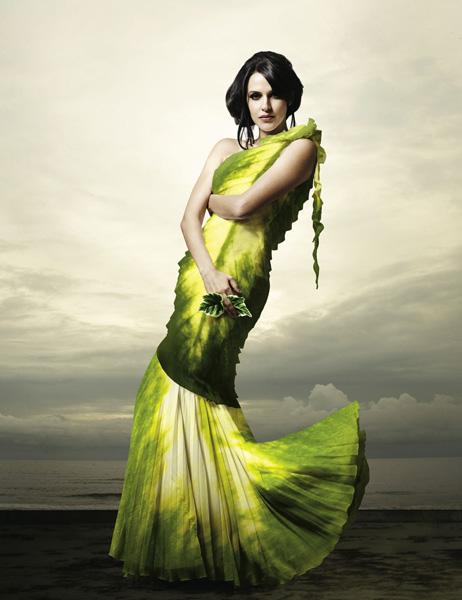 Neha_Dhupia_green_3