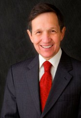 Dennis_Kucinich_Official77