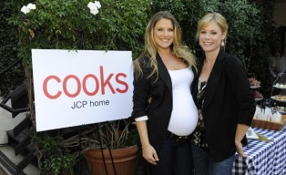 Ali-Larter-and-Julie-Bown-at-the-JCPenney-COOKS-event