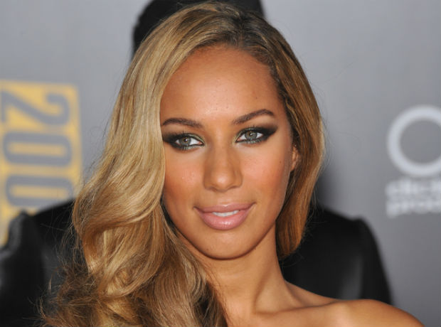 Leona Lewis sends Valentine's Day card pleading for the ban against animal testing