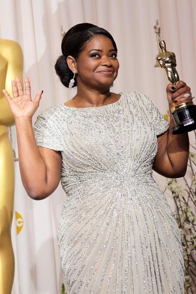 best supporting actress winner octavia spencer at the oscars