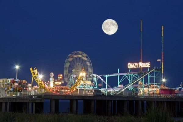 Atlantic City Steel Pier cancels its planned diving horse shows