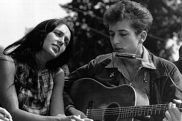 Joan_Baez_and_Bob_Dylan