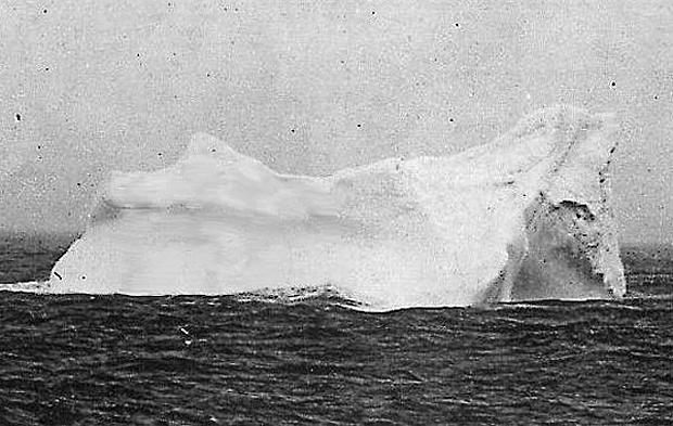 titanic-iceberg-Rehorek