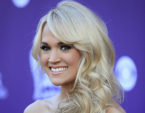 Carrie Underwood discusses marriage and vegan diet with Ellen DeGeneres