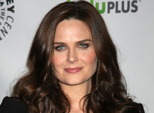 Emily Deschanel portrays a vegetarian on Bones and lives a vegan lifestyle in real life