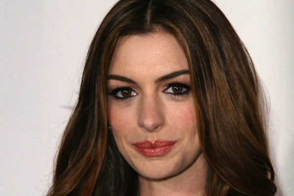Anne Hathaway lost weight on a diet of hummus and radishes for her role in Les Miserables.