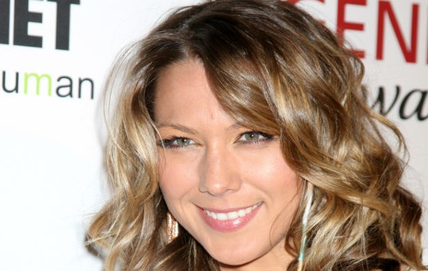 Colbie Caillat signs with animal and eco friendly Lily.B skincare