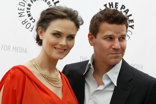 Fox's hit series Bones to create episode about issue of exotic animals as pets