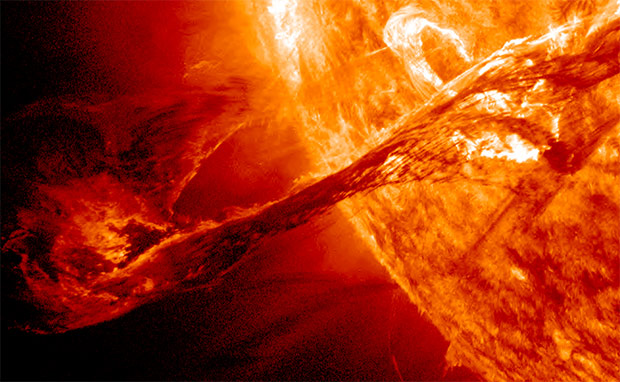 Massive Solar Tentacle Eruption Captured by NASA : Ecorazzi