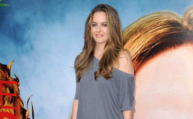 Alicia Silverstone to feature kind mamas in next book about vegan pregnancies