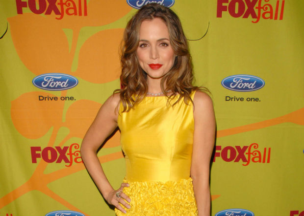 Eliza Dushku celebrates World Vegetarian Day