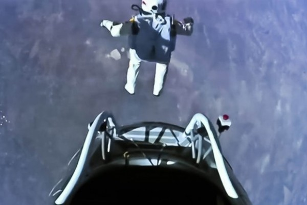 felix baumgartner jump edge of space