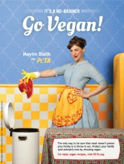 Mayim Bialik transforms into '50s housewife for veganism and PETA