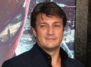 nathan fillion loves cats
