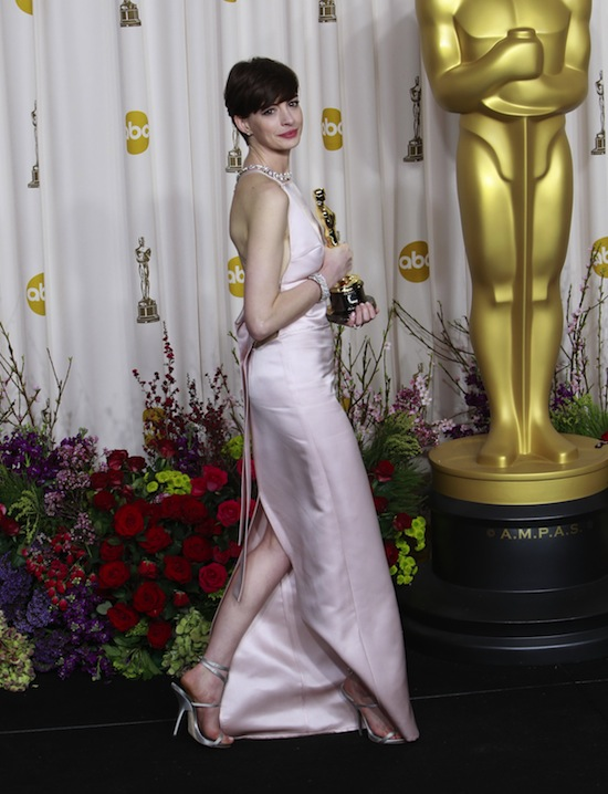 Anne Hathaway Oscars Vegan Shoes