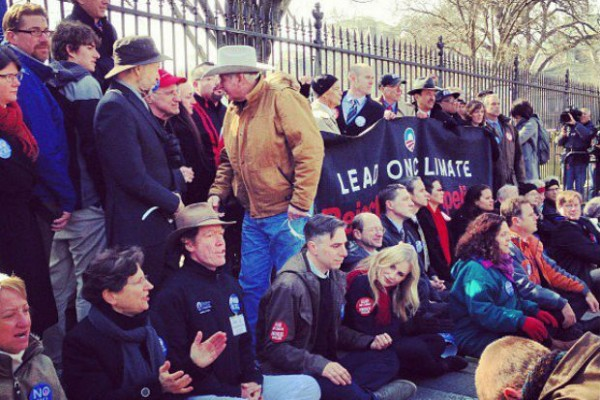 Daryl Hannah, Kennedy's and others arresed at Sierra Club's civil disobedience Keystone XL protest