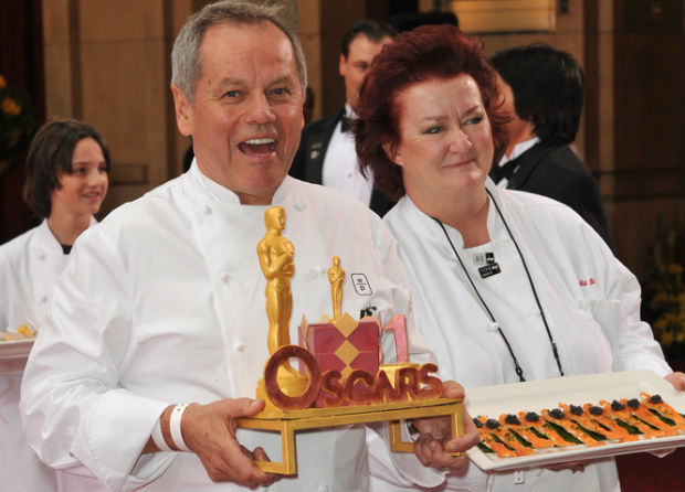 Wolfgang Puck cooking vegan dishes for 2013 Governors Ball menu