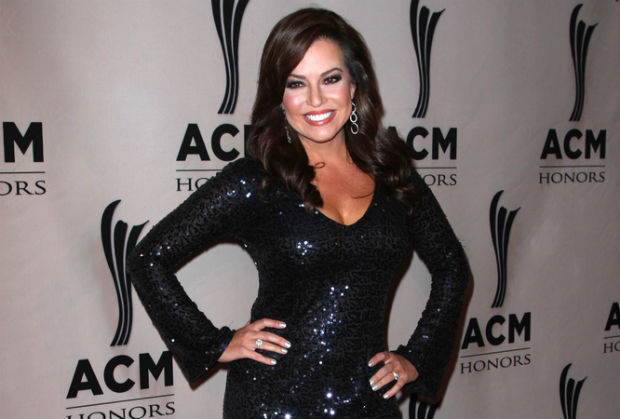 'Morning Express' news Anchor Robin Meade is now vegetarian