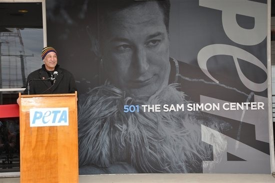 Facing terminal colon cancer, Sam Simon has promised to give away all of fortune to charity.