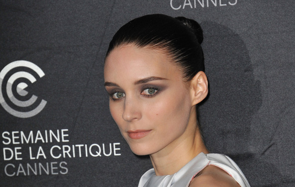 Rooney Mara loves to eat, but stays thin with her vegan diet