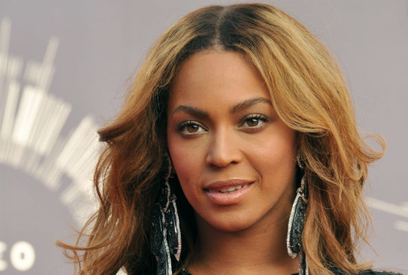 Beyonce has announced plans to launch a home-delivery vegan meal service.
