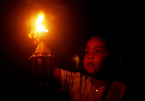 Child With Kerosene Lamp (Mavic Matillano)